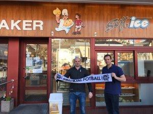Markus og Peder Jørgensen er stolte representanter for Baker Jørgensen - og stolte over at Arendal Fotball nå har tatt steget opp i norsk toppfotball!