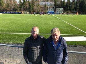 Knud Nilsen og Bård Einar Johansson gleder seg til den historiske kampen i Arendal søndag.