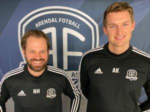 Nicolay Høst og Aleksander Kvamme er Arendal Fotballs nye medisinske team.