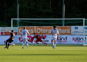Anders Gundersen måtte se tre baller bak seg i Arendal-målet mot Elverum.
