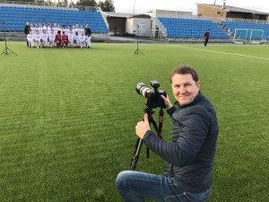Jan Espen Thorvildsen har tatt årets klubbilder for Arendal Fotball!