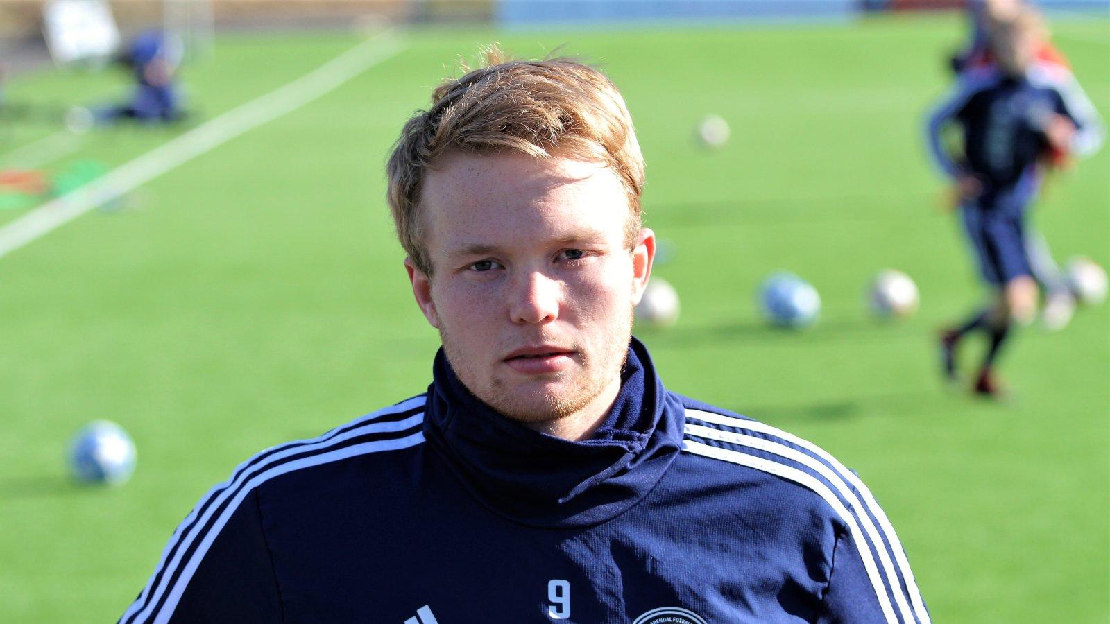 Fabian Stensrud Ness er kaptein for Arendal Fotball i 2019-sesongen. Han står med 41 offisielle kamper og 15 mål for Arendal foran den kommende sesongen.
