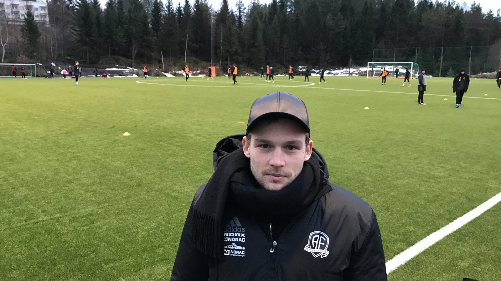 Rasmus Lynge Christensen håper at han er tilbake til seriestart, men frykter at lyskeskaden kan vise seg å være alvorlig.