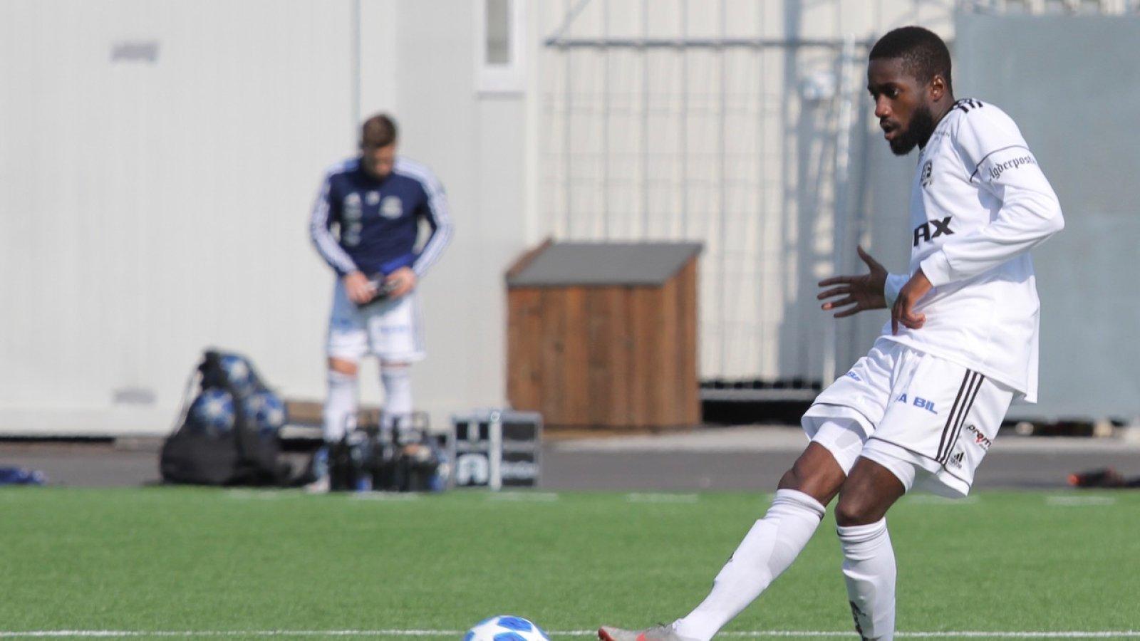 Shariff Cham er en av tre nysigneringer fra Frigg foran 2019-sesongen.
