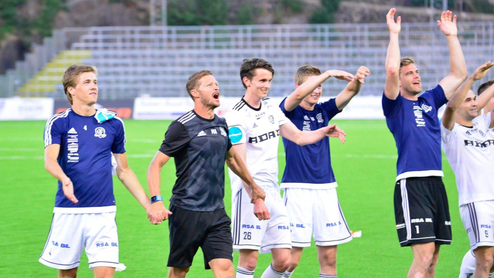 Jubel etter viktig seier på hjemmebane mot Brattvåg.