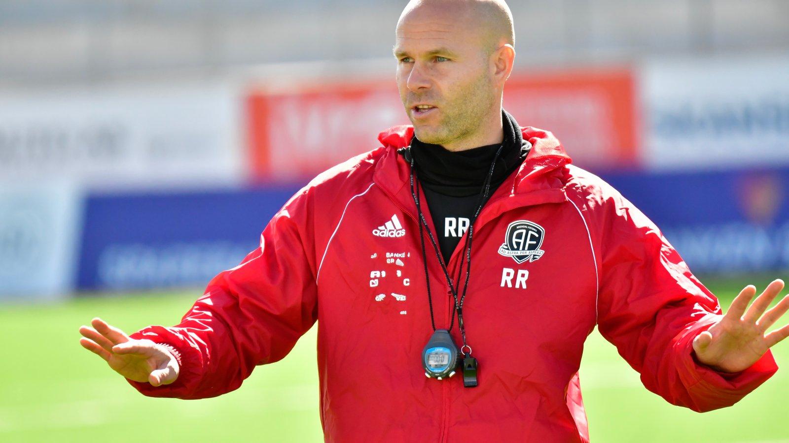 Roger Risholt.