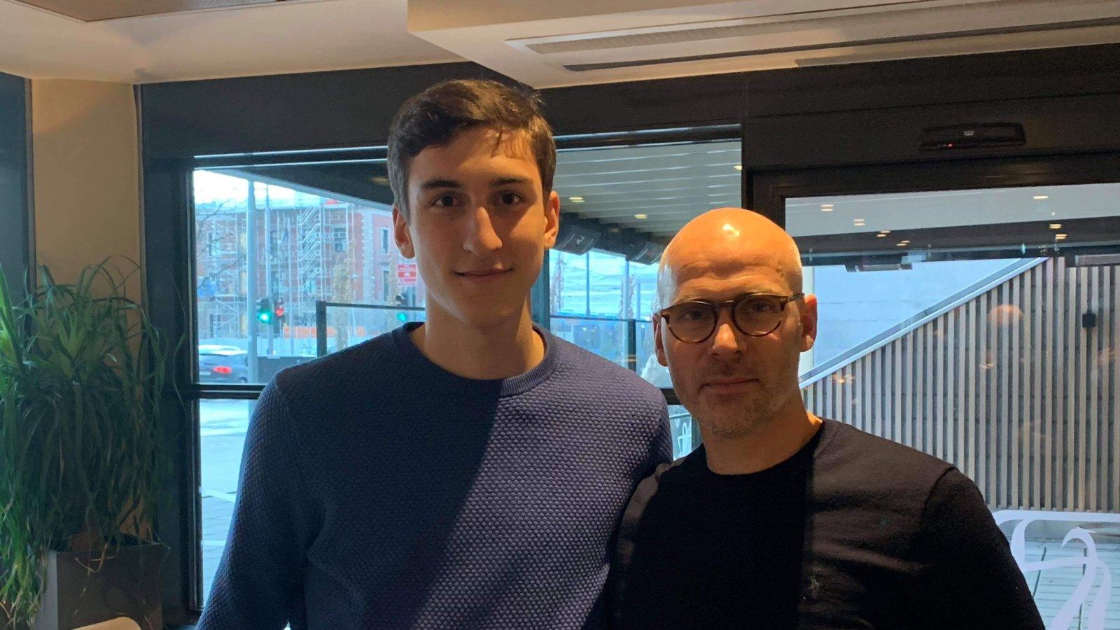 Steinar Pedersen er glad for å kunne ønske Ilir Kukleci (20) velkommen til Arendal Fotball.