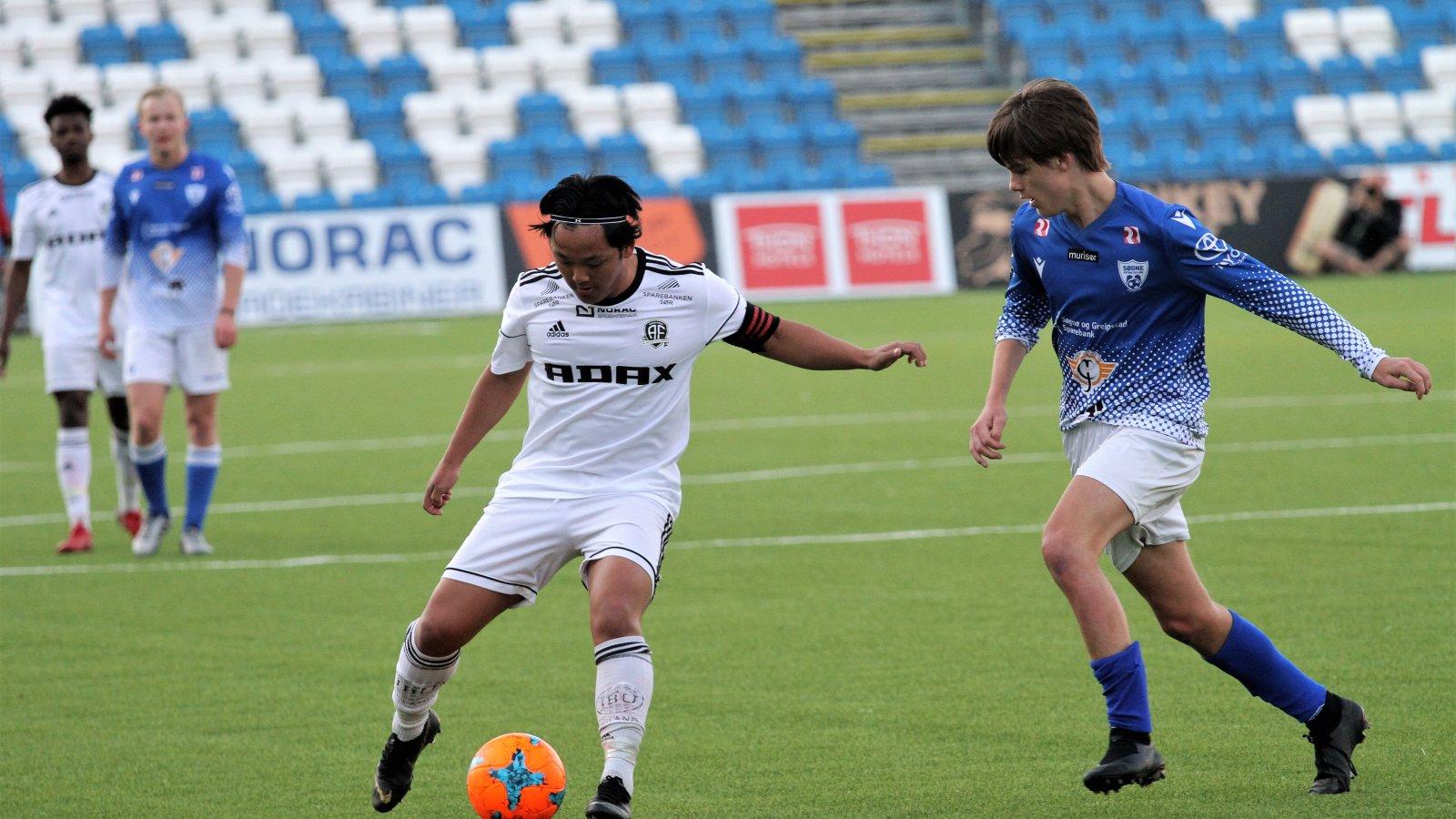 Tasso Dwe er kaptein for juniorlaget, som viser sterk for i den lokale serien.
