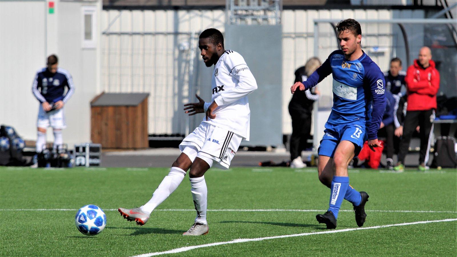 Shariff Cham og Arendal Fotball er regnet blant outsiderne til opprykk, i det som regnes som den klart sterkeste av de to avdelingene i 2. divisjon denne sesongen.