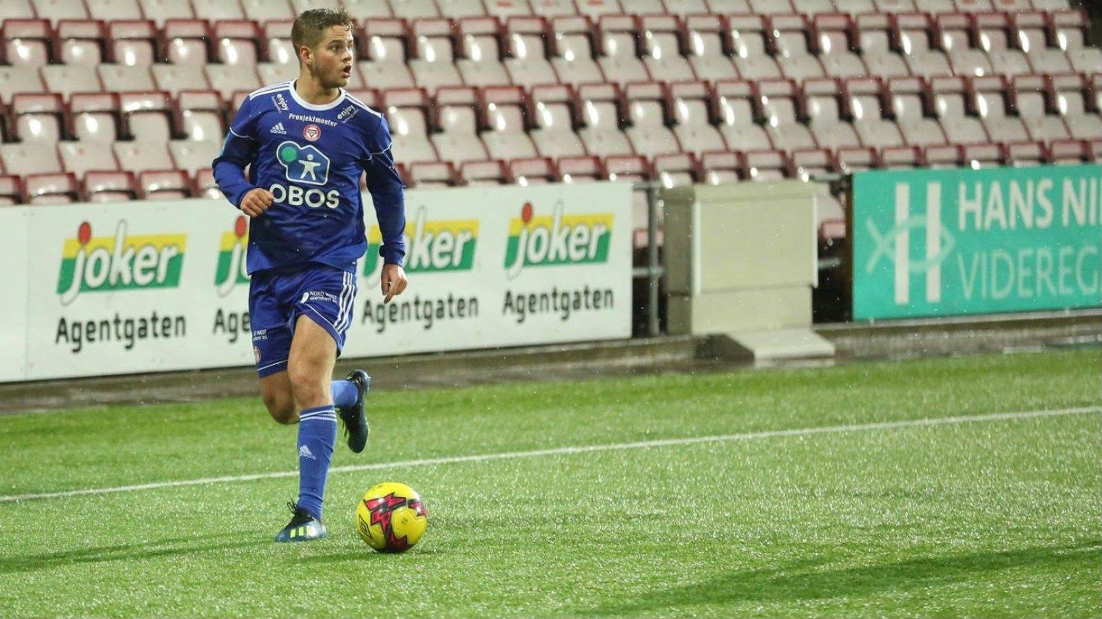 Tobias Collett er klar for Arendal Fotball.