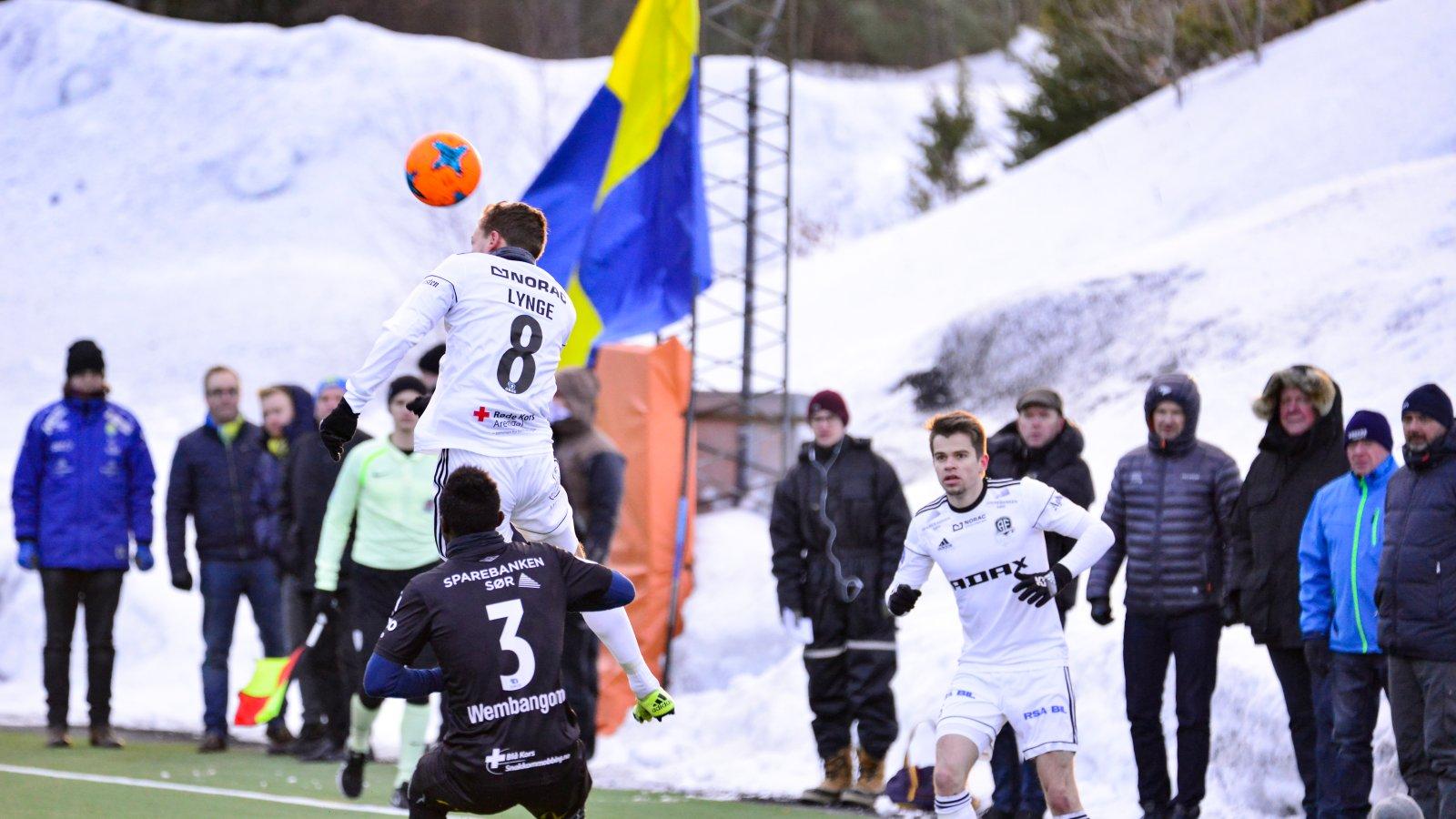 Rasmus Lynge Christensen (8) fikk noen minutter mot slutten av kampen og ser ut til å være på vei tilbake etter småskader i vinter.