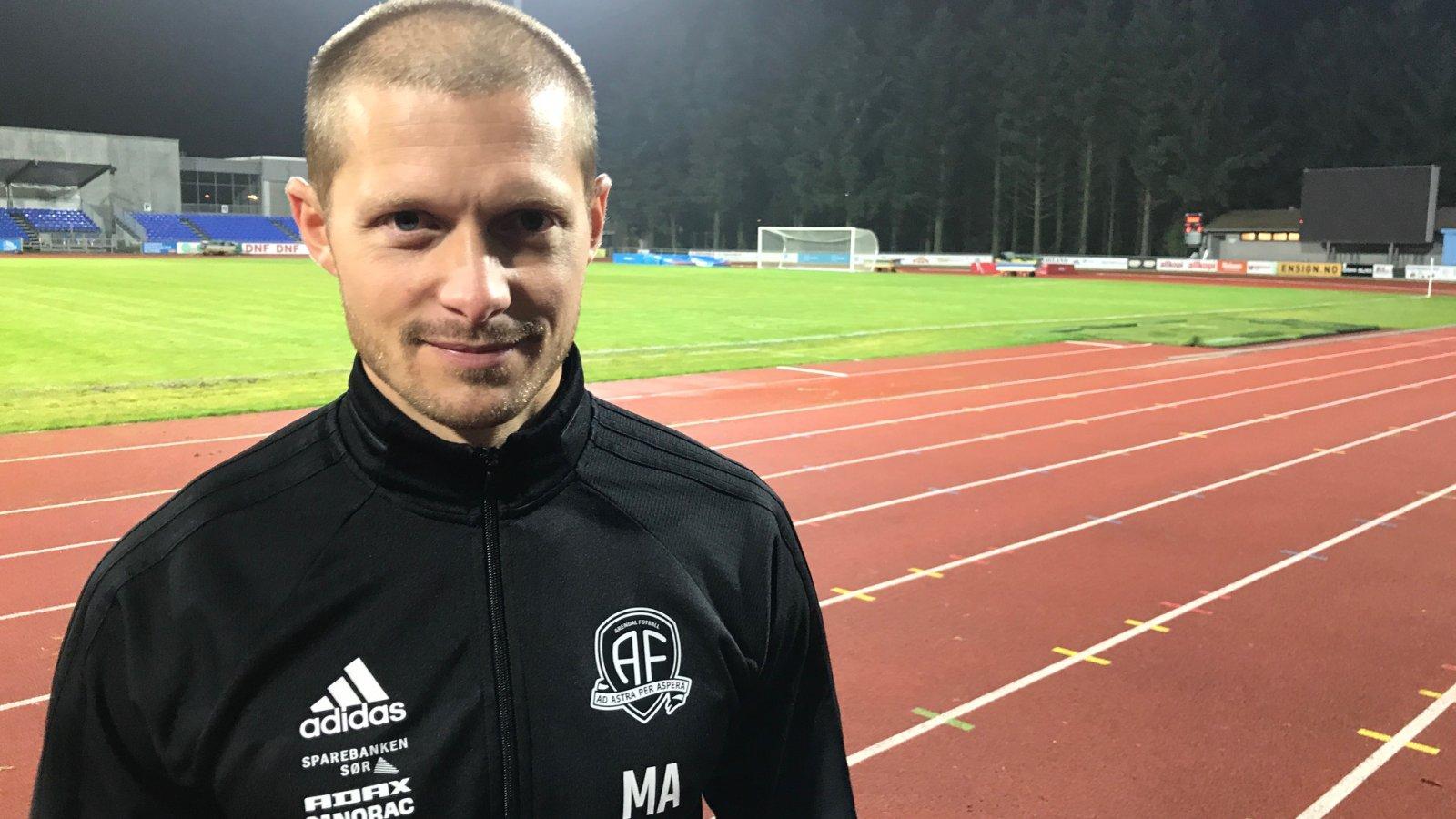 Mattias Andersson på Sandnes stadion.